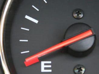 Oszczędzanie paliwa - sprawdź, jak robić to poprawnie
