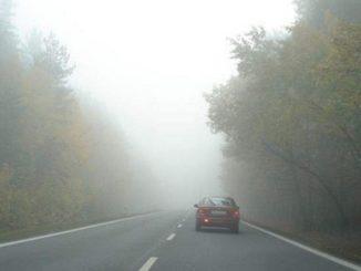 Jak bezpiecznie podróżować w okresie jesienno-zimowym?
