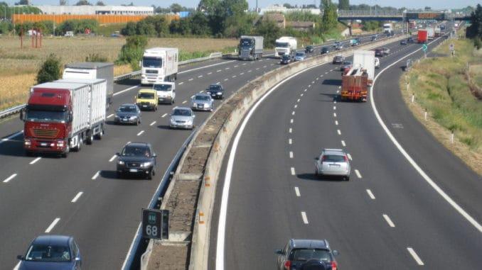 Jak postępować w przypadku awarii na autostradzie?