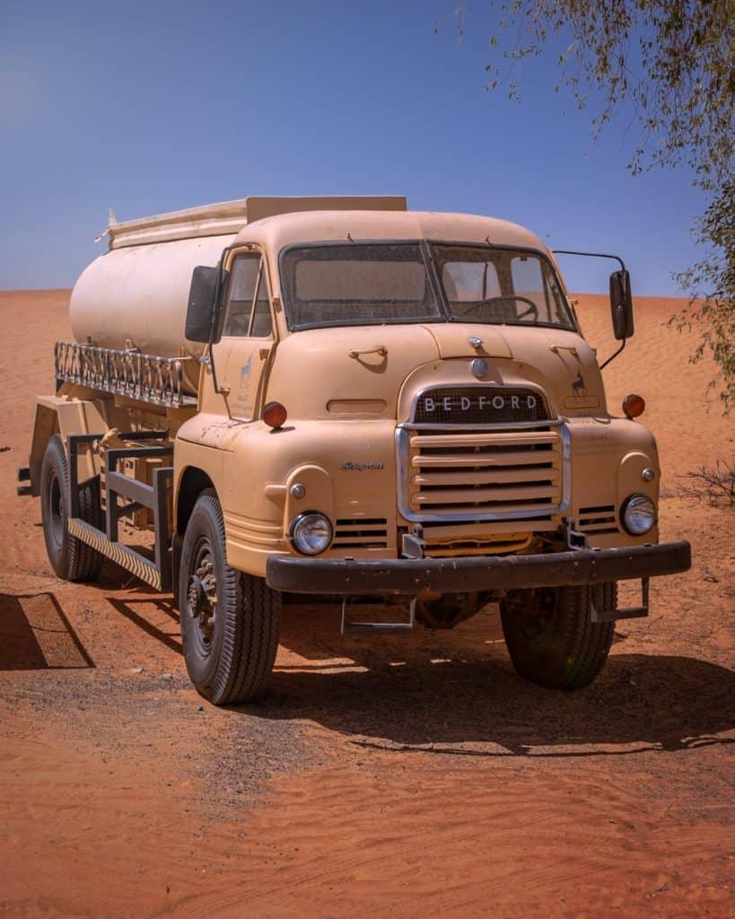Samochód ciężarowy - cysterna